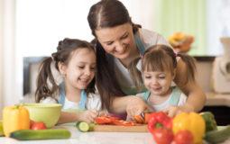 """""""As crianças seguem os exemplos dos pais, inclusive na alimentação"""""""