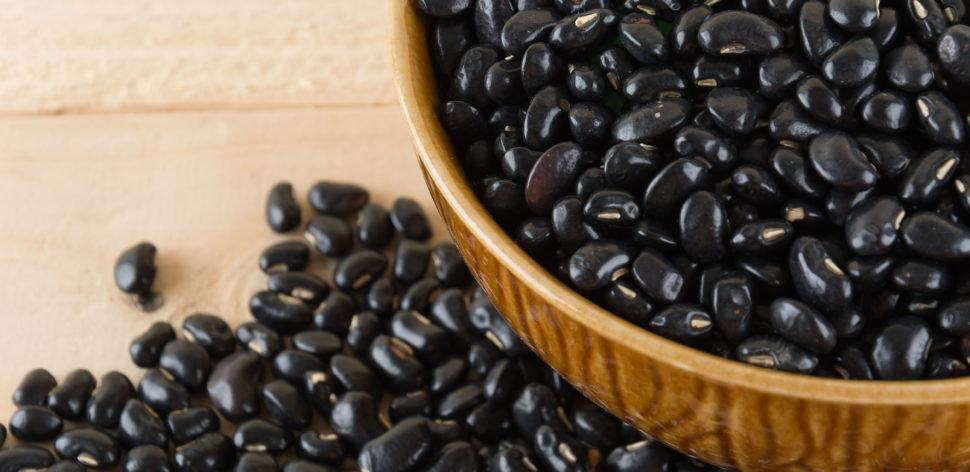 Conheça 4 alternativas ao feijão para o dia a dia, com receitas
