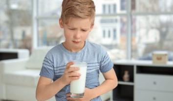 Intolerância à lactose: o que é, quais os sintomas e como lidar