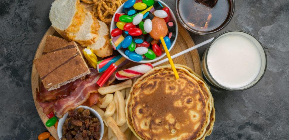 Alimentos ultraprocessados podem causar obesidade