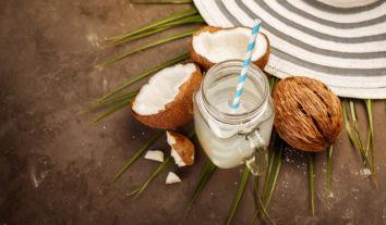 Água de coco realmente faz bem à saúde?