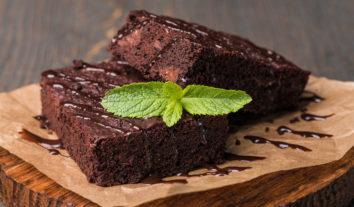 Confira essa receita de bolo de chocolate com café