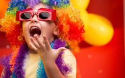 Crianças com menos de 5 anos não devem usar maquiagem