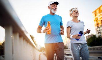 Entenda a diferença entre gerontologia e geriatria
